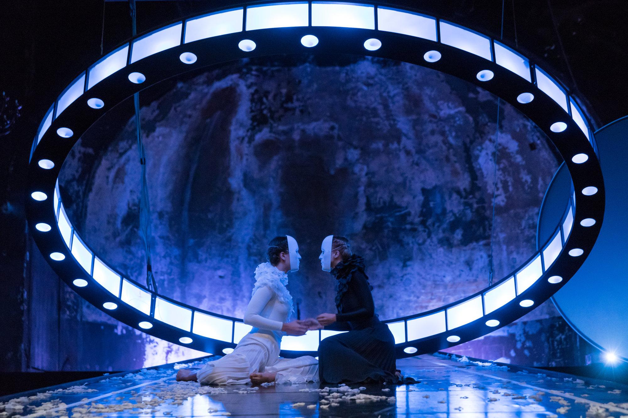 AU REVOIR, EURIDICE - Oper Leipzig in der Schaubühne Lindenfels / Theaterfotografie / Foto Tom Schulze